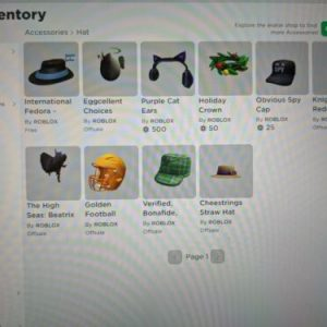 Selling Roblox account rare items in my account contact me if I want to see more